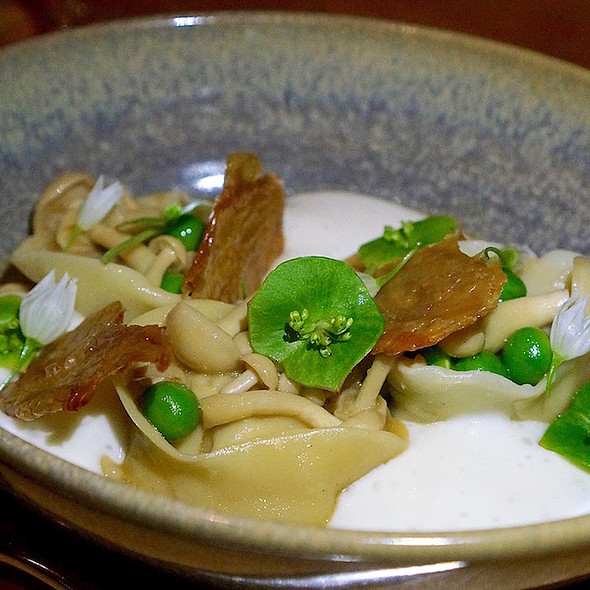 Chicken and mushroom cappelletti, spring peas, cheese fondue