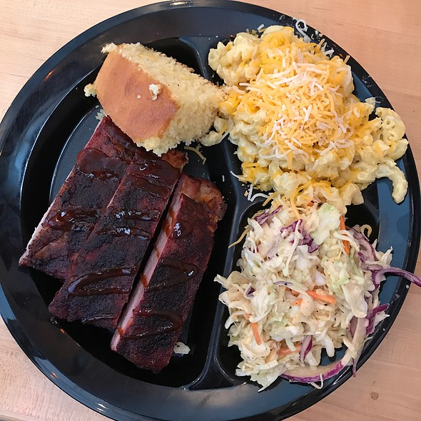 Rib Plate @ Brother's Bbq