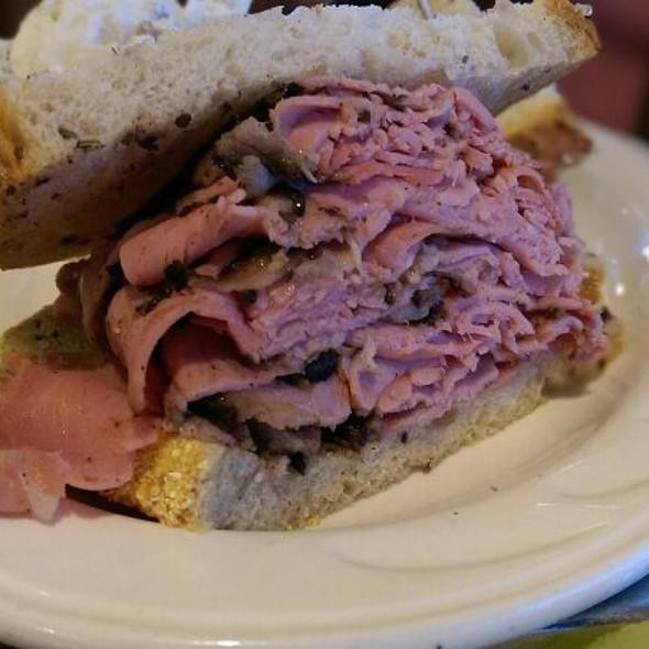 NY Style Pastrami Sandwich