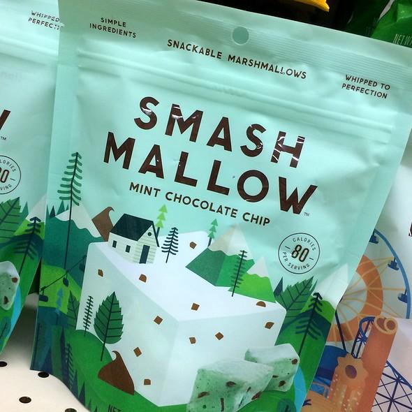 Mint Chocolate Chip Smash Mallow