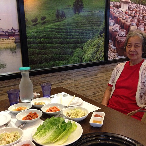 Condiments @ Arariyo Authentic Korean Bbq Buffet