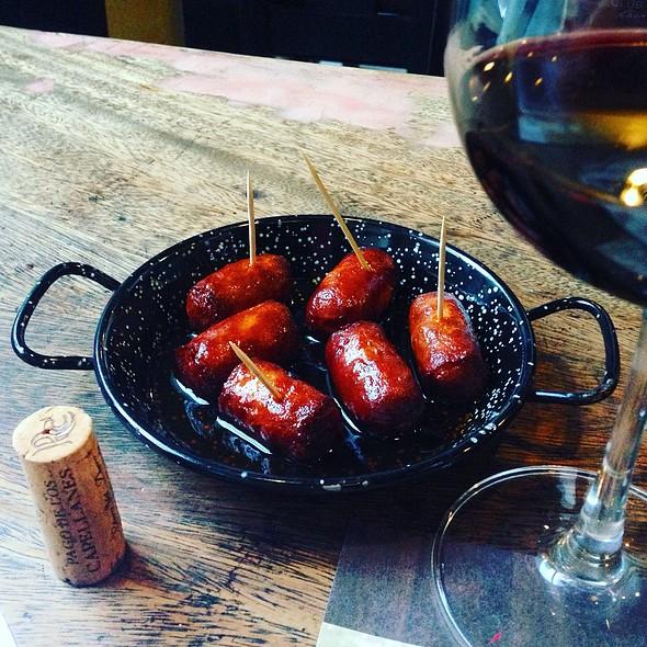 Chorizo Picantes Frito @ Barcino Fort Bonifacio