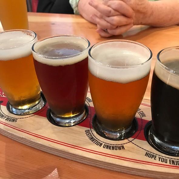Beer Flight @ Simmzy's