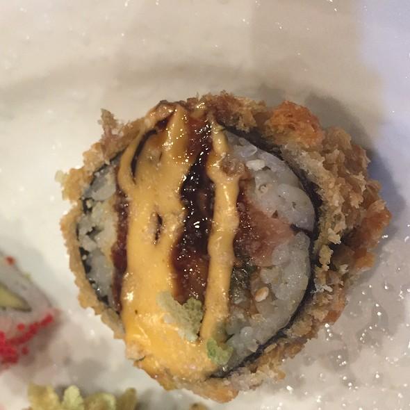 Crispy Eel Roll