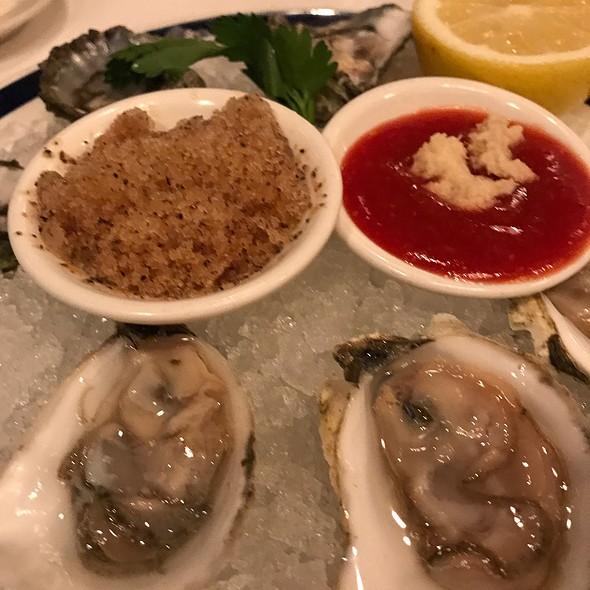 Oysters @ RL Restaurant