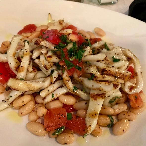 Grilled Calamari & White Bean Salad