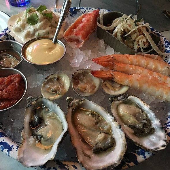 Seafood Tower @ Cold Storage