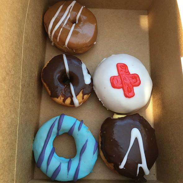 Donuts @ Rebel Donut