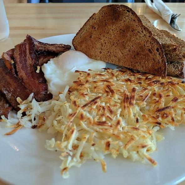 Egg Breakfast @ Ogden's North Street Diner