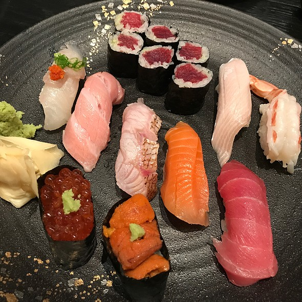 Assorted Sushi @ Sushi Izakaya Shinn