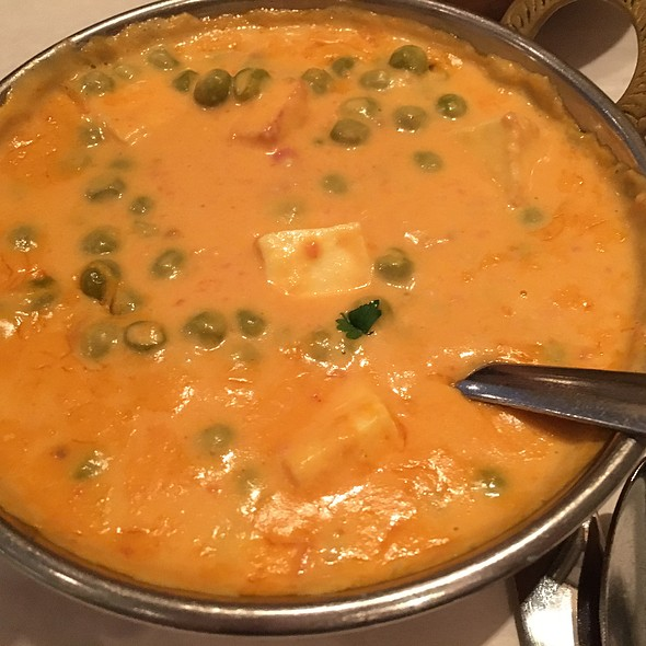 Mutter Paneer @ chicago curry house indian cuisine