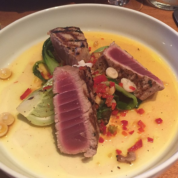 Yellow Fin Tuna @ Solé