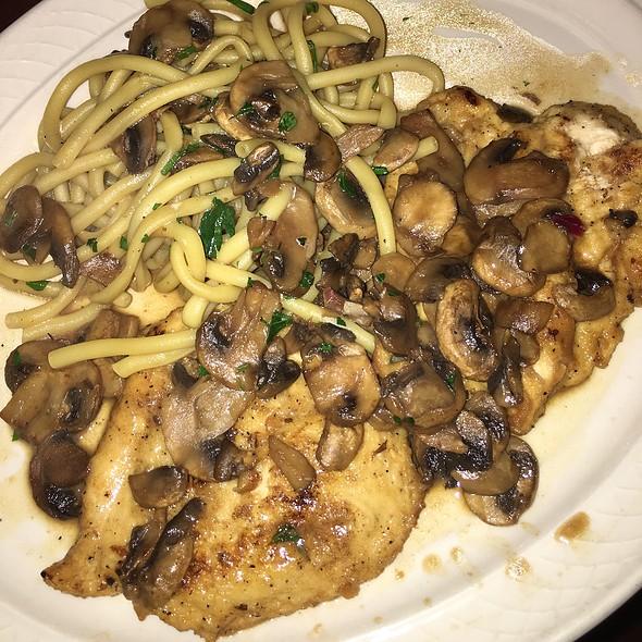 Chicken Marsala @ Luigi's Tuscan Grill
