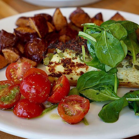 Broccolini and ricotta quiche, green salad, tomatoes, potatoes
