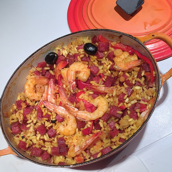 Alpine Paella (chili Bergjaeger sausage, shrimp, rice)