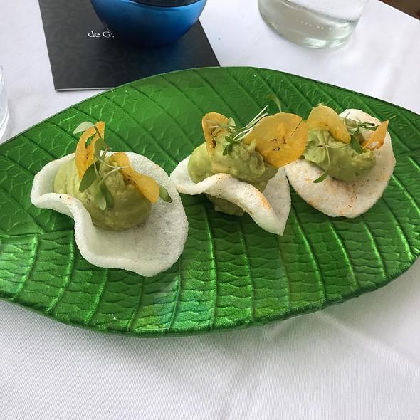 Guacamole (Avocado) Tapas