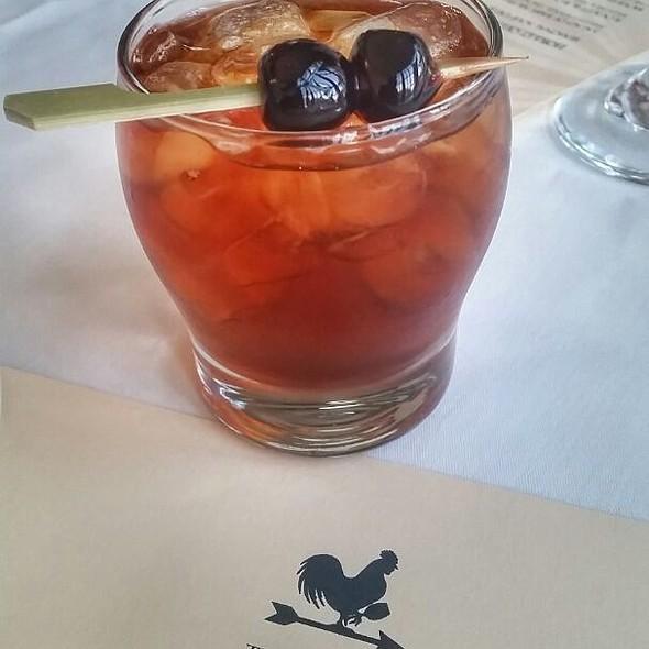 Alice's Manhattan Cocktail @ The Cottage