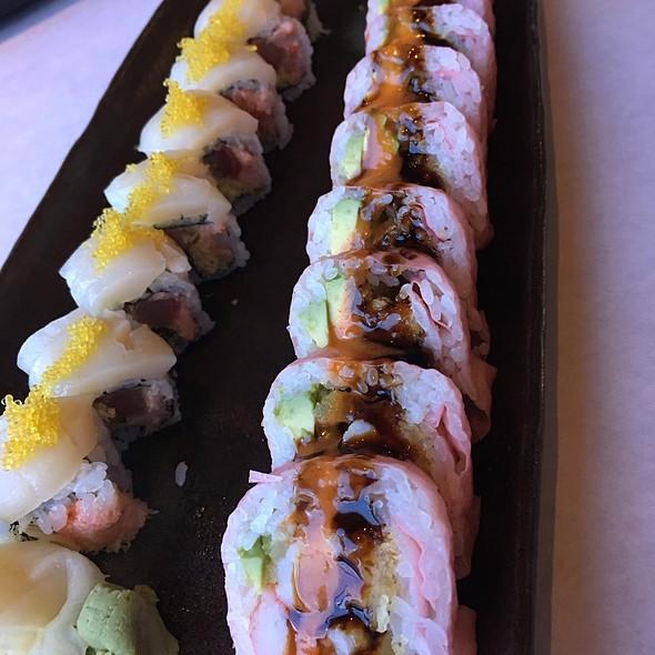 Ocean And Godzilla Roll @ Ootoya Sushi