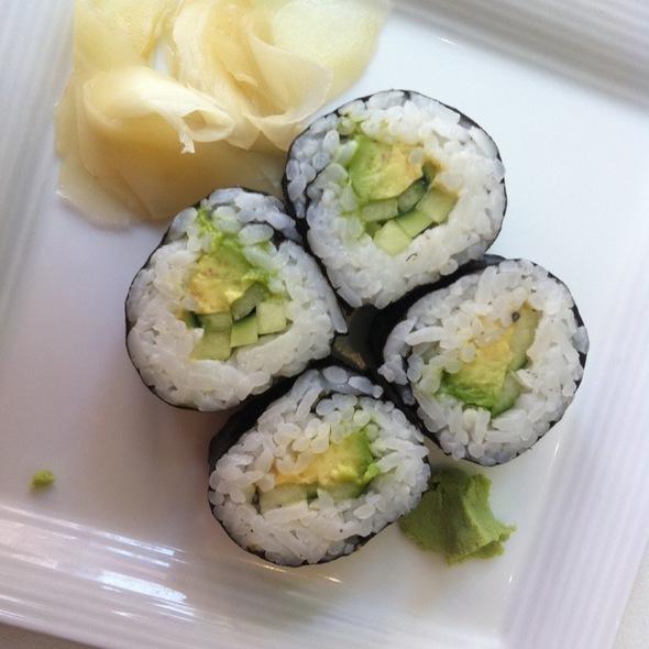 Cucumber Avocado Roll @ Umami Moto