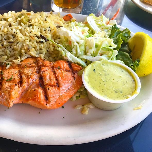 Samon @ Brophy Bros. Seafood Restaurant & Clam Bar