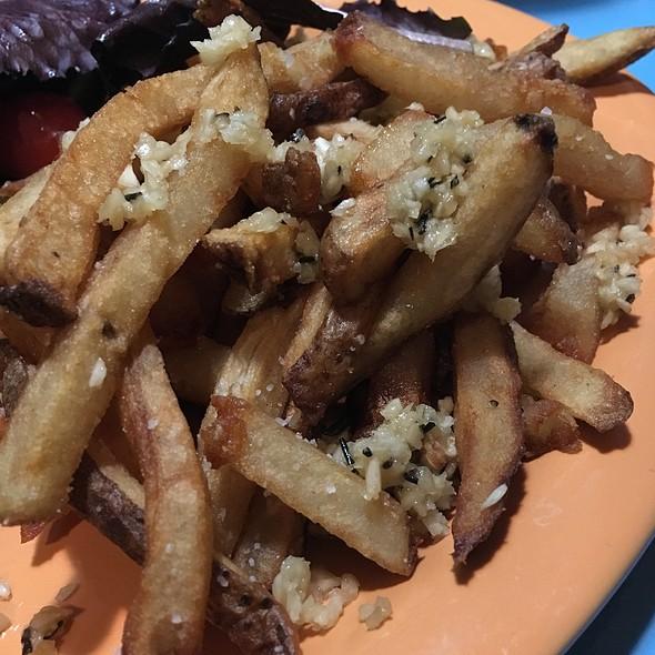 Garlic Rosemary Fries