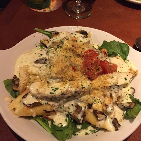 Chicken Florentine Manicotti @ Olive Garden Italian Restaurant
