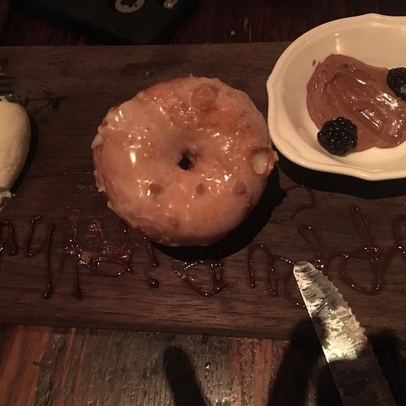 Homemade Donuts @ Wayfare Tavern
