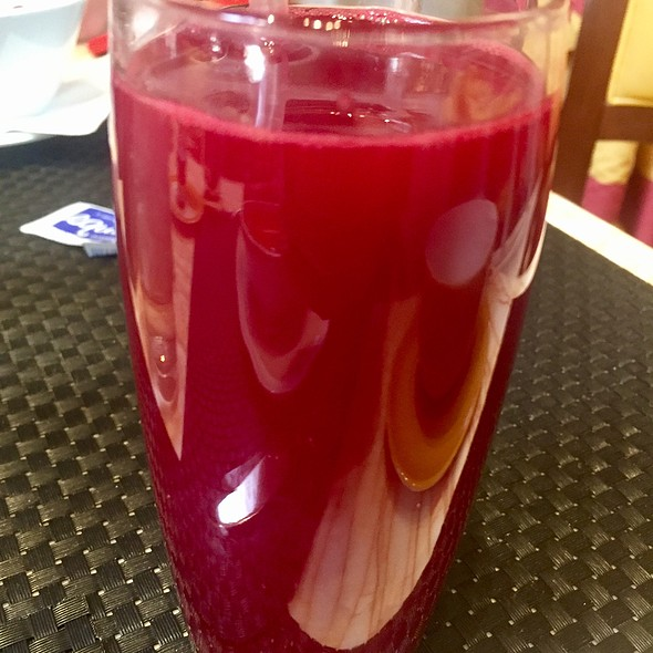 Beet Machine With Red Beets, Apple, Celery, Orange, Ginger, And Chili Pepper