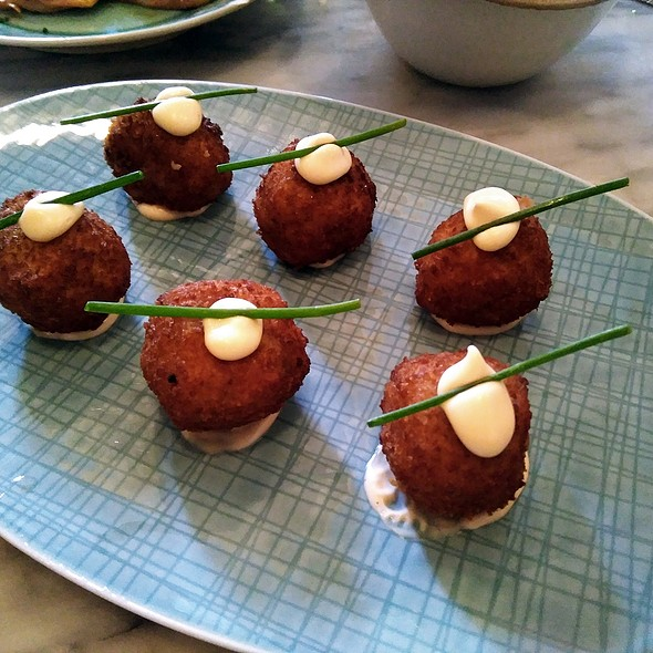 Pickled mussels croquettes @ Habanera