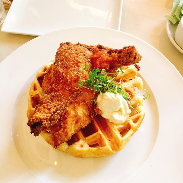 Chicken And Waffle @ Localis