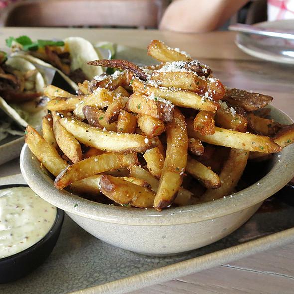 Garlic Truffle Oil Fries