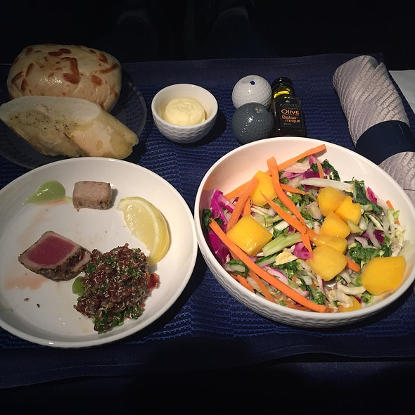 Seared Tuna With Cabbage And Bok Choy Salad @ United Airlines