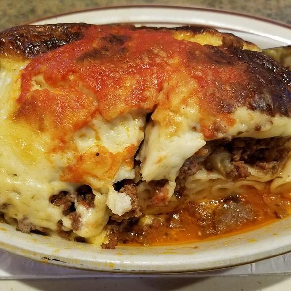 Pastichio (Greek Lasagna)