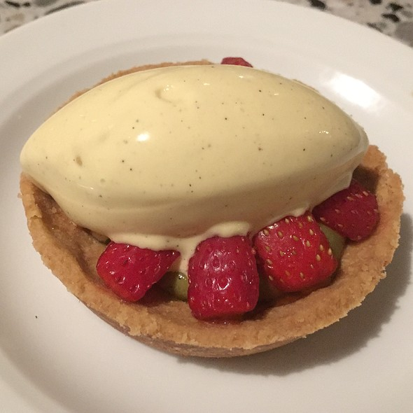 Strawberry Tarte With Pistachio & Buttermilk