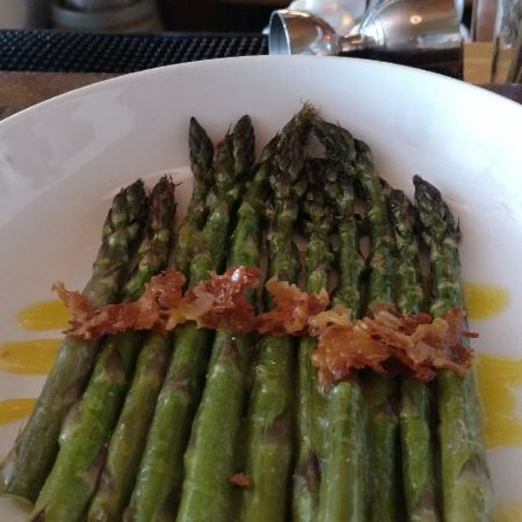 Asparagus @ Fourquarter