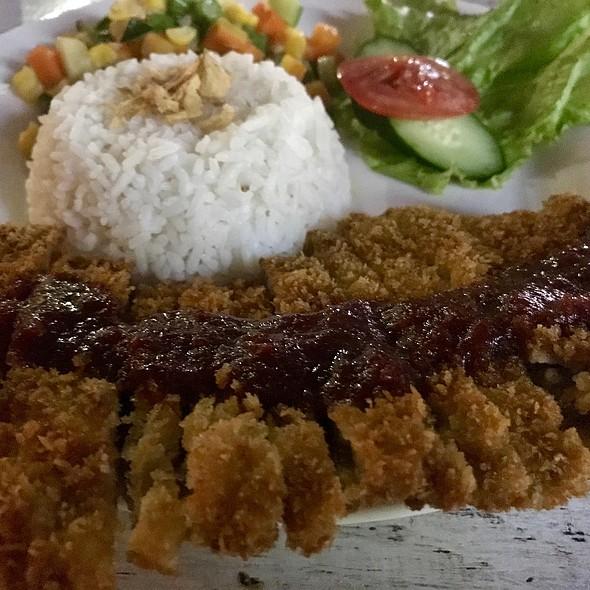 Sirloin Steak @ Braga Art Cafe