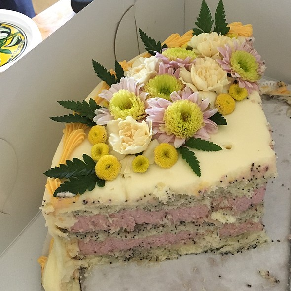 Poppyseed Cake With Raspberry Mousse Filling