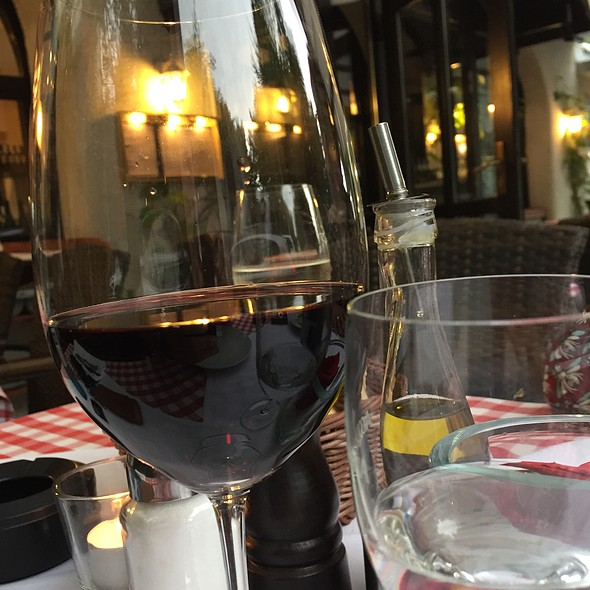 Primitivo @ Isoletta Steakhouse Restaurant