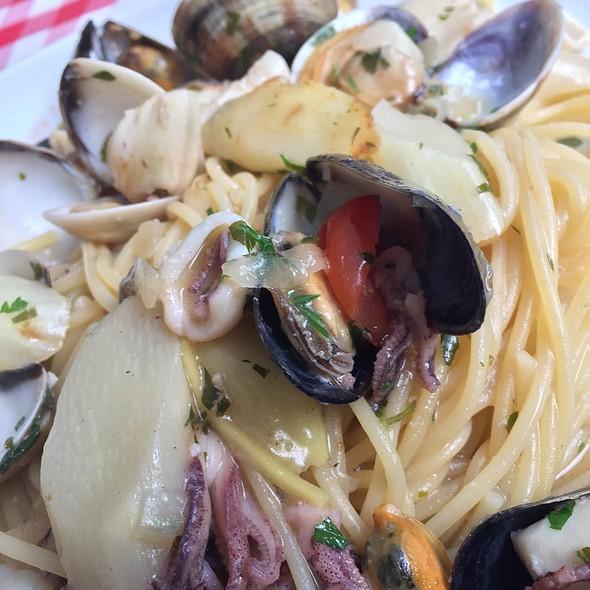 Spaghetti Frutti Di Mare @ Isoletta Steakhouse Restaurant