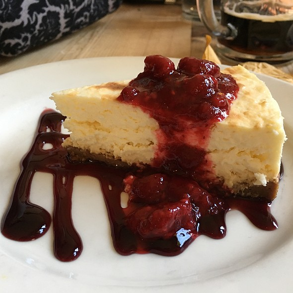 Cheesecake With Lingonberry Compote