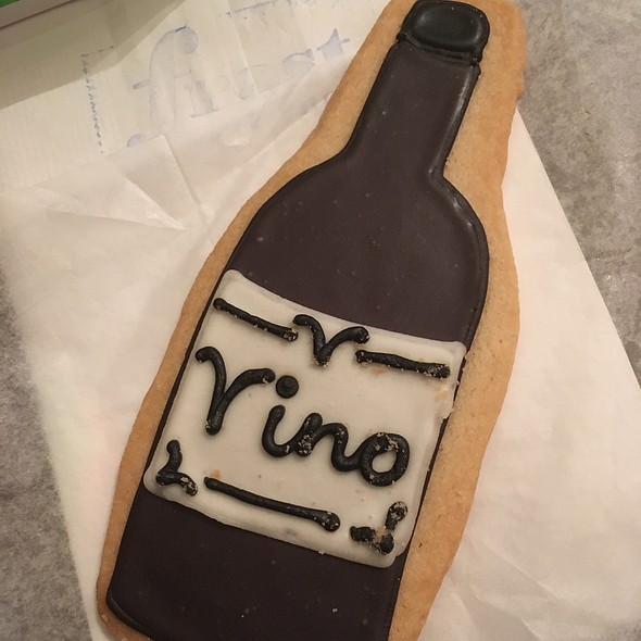 Wine Bottle Cookie