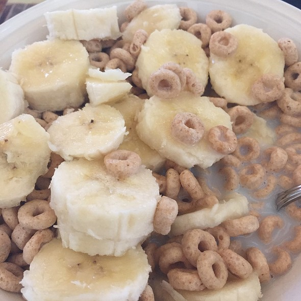 Bananas & Cherrios @ Home