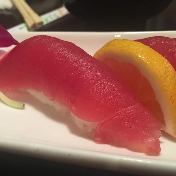 Maguro Nigiri @ Aniki's Sushi