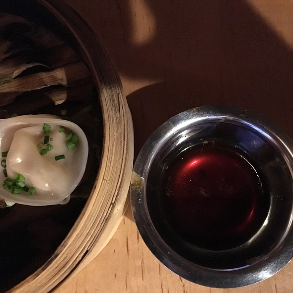 Steamed Dumplings @ Mott Street