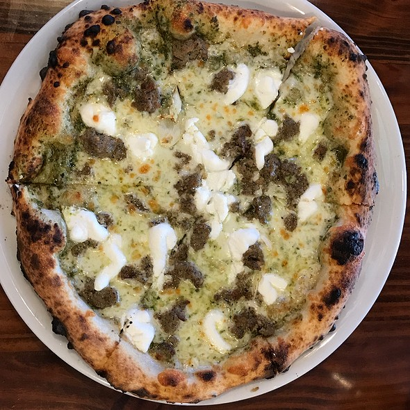 Polpette E Pesto @ Fabrica Pizza
