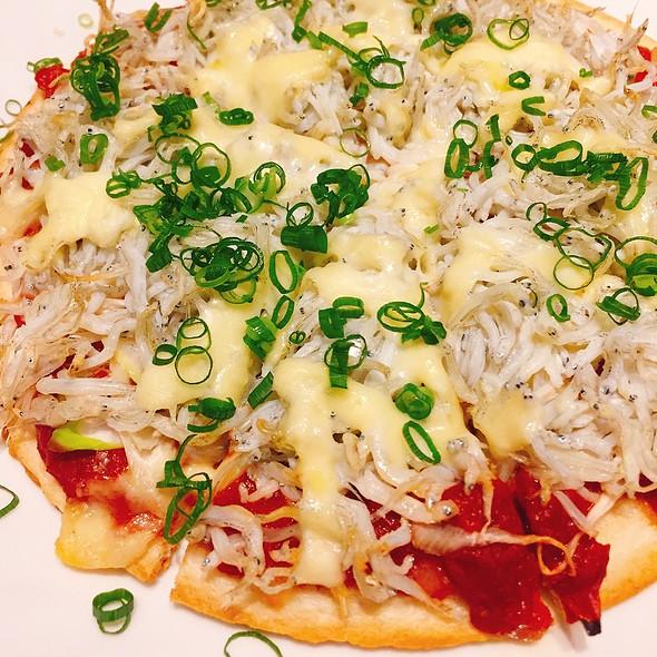 Shirasu Pizza