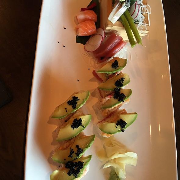 Boku Classic Roll @ Mikado Sushi