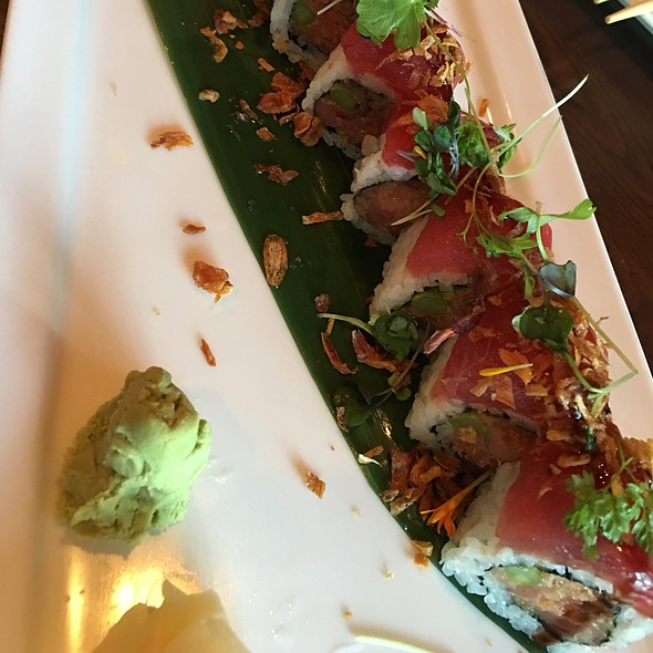 TNT Roll @ Mikado Sushi
