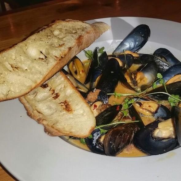 Mussels @ Tinderbox Kitchen