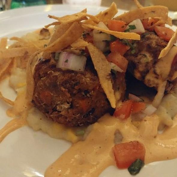 Southwestern Blackbean Quinoa Cakes @ Merge